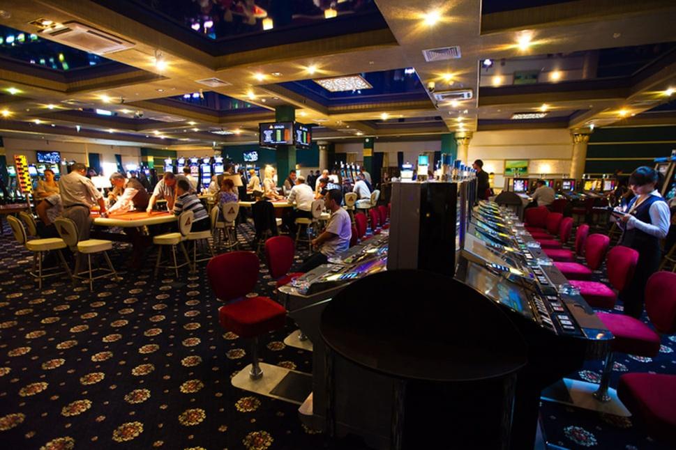 почему закрыли казино шамбала